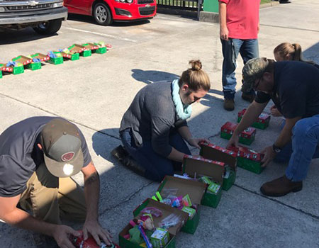 Operation Christmas Child 2016 group2