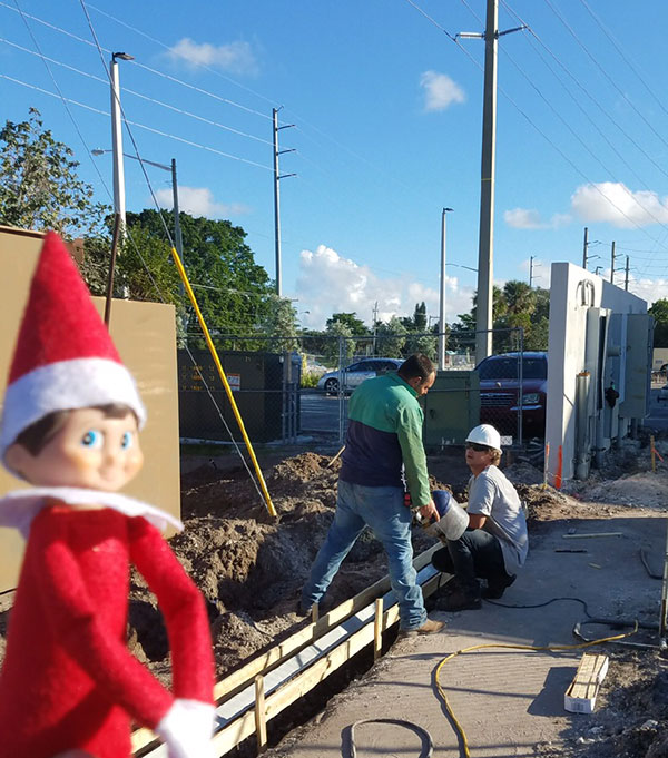 elf on a shelf construction